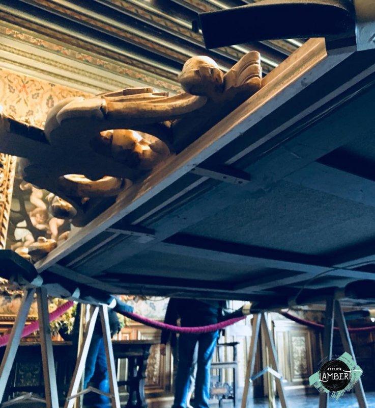 Photographie de l'oeuvre Les Trois Grâces, de Van Loo. Nature de l'intervention: Refixage de la couche picturale. Décrassage. Harmonisation des repeints